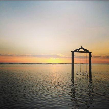 ombak-sunset