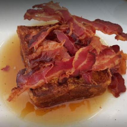 torrija con bacon