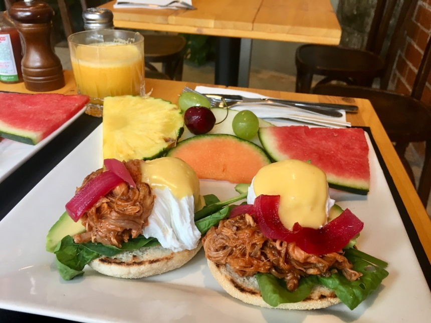 Brunch - benedict eggs with pulled pork