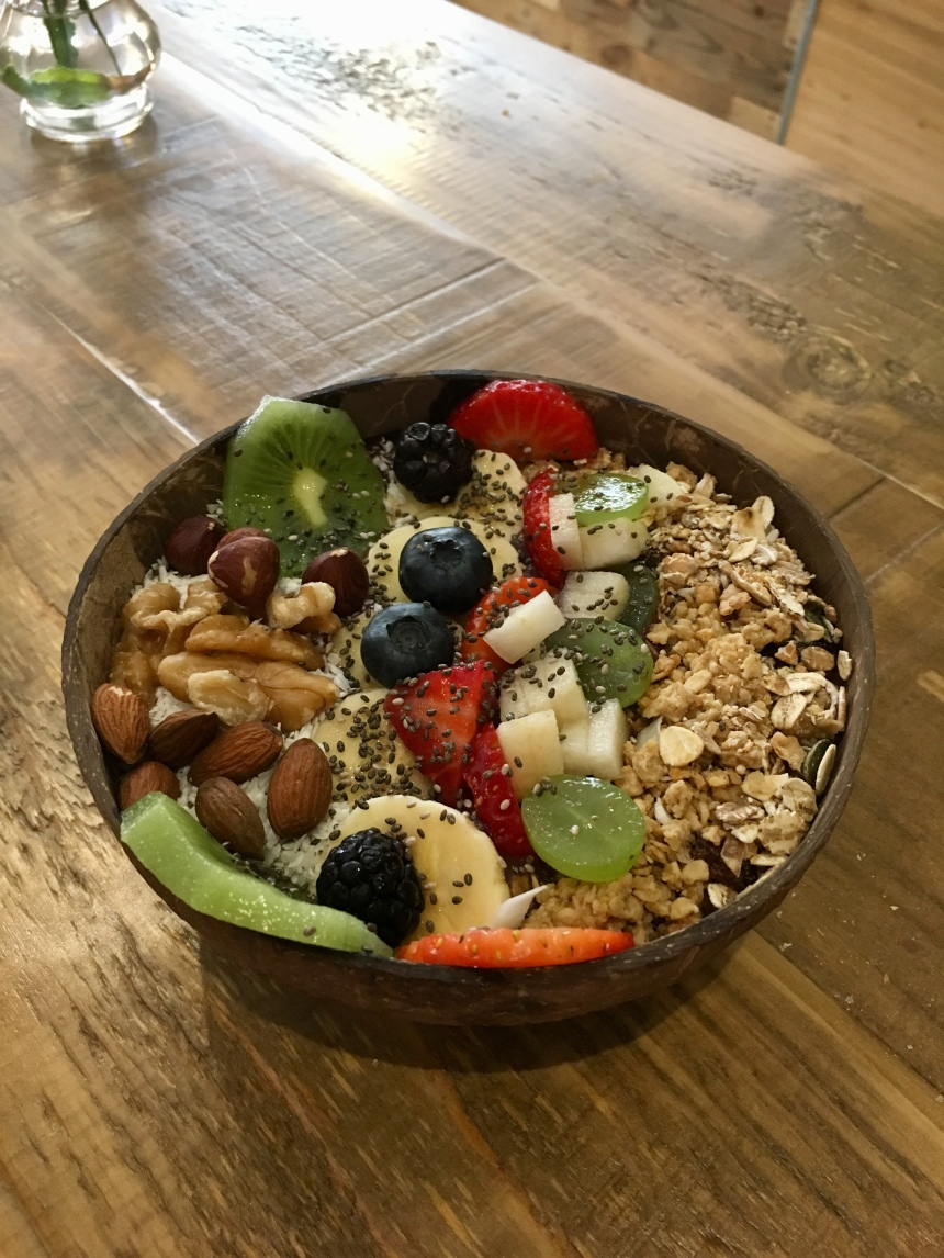 Açaí bowl with fruits and nuts